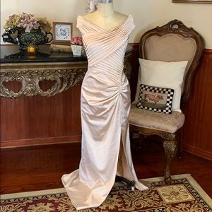 Tadashi Evening Gown size 6 Nude